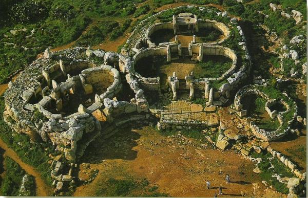 Vista aèria de les restes del temple megalitic de Mnajdra, datat uns 3600 a.C, a Malta.