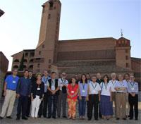 Participants al seminari ISSREC, a la plaça major del santuari de Torreciudad, 2017