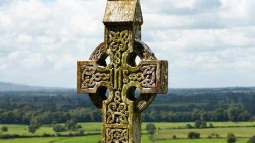 high-cross-ireland-overlooking-landscape (2)