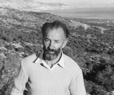 Philip-Sherrard-walking-in-Greece-IN (2)