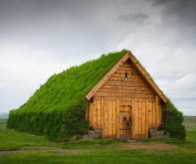 skalholt-iceland-grass-roof-matthias-hauser